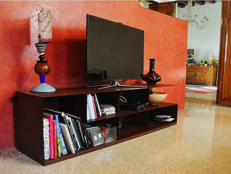 01 Studio Architetto Zanatta - mobile TV corten - RS