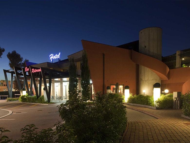 01 Studio Architettura Zanatta - Hotel Holiday La marca - Villorba - Treviso