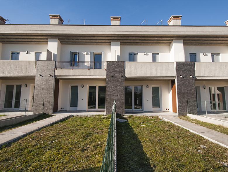 Studio architettura zanatta villorba tv in via due for Villette moderne progetti