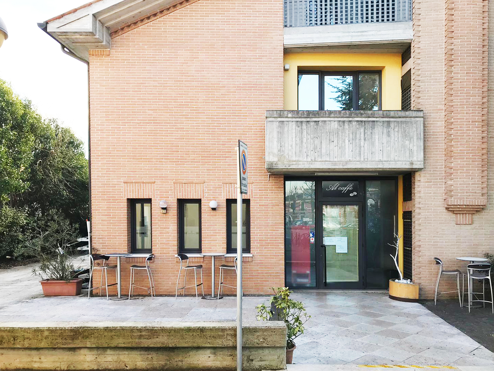 Bar in Affitto Villorba - Studio Architetto Zanatta 01
